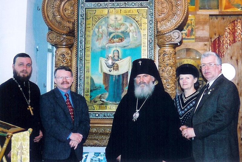 Архиепископ Владивостокский и Приморский Вениамин (Пушкарь) принимает гостей у Порт-Артурской иконы