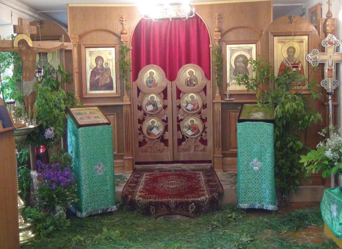 храм Царственных Мучеников в Борисовке Уссурийского городского округа в Приморье