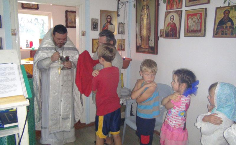 Богослужение в домовом храме в Кроуновке 1 августа 2016 г.
