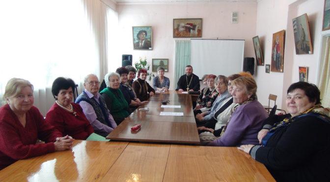 Учительский клуб «Истоки» пригласил священника